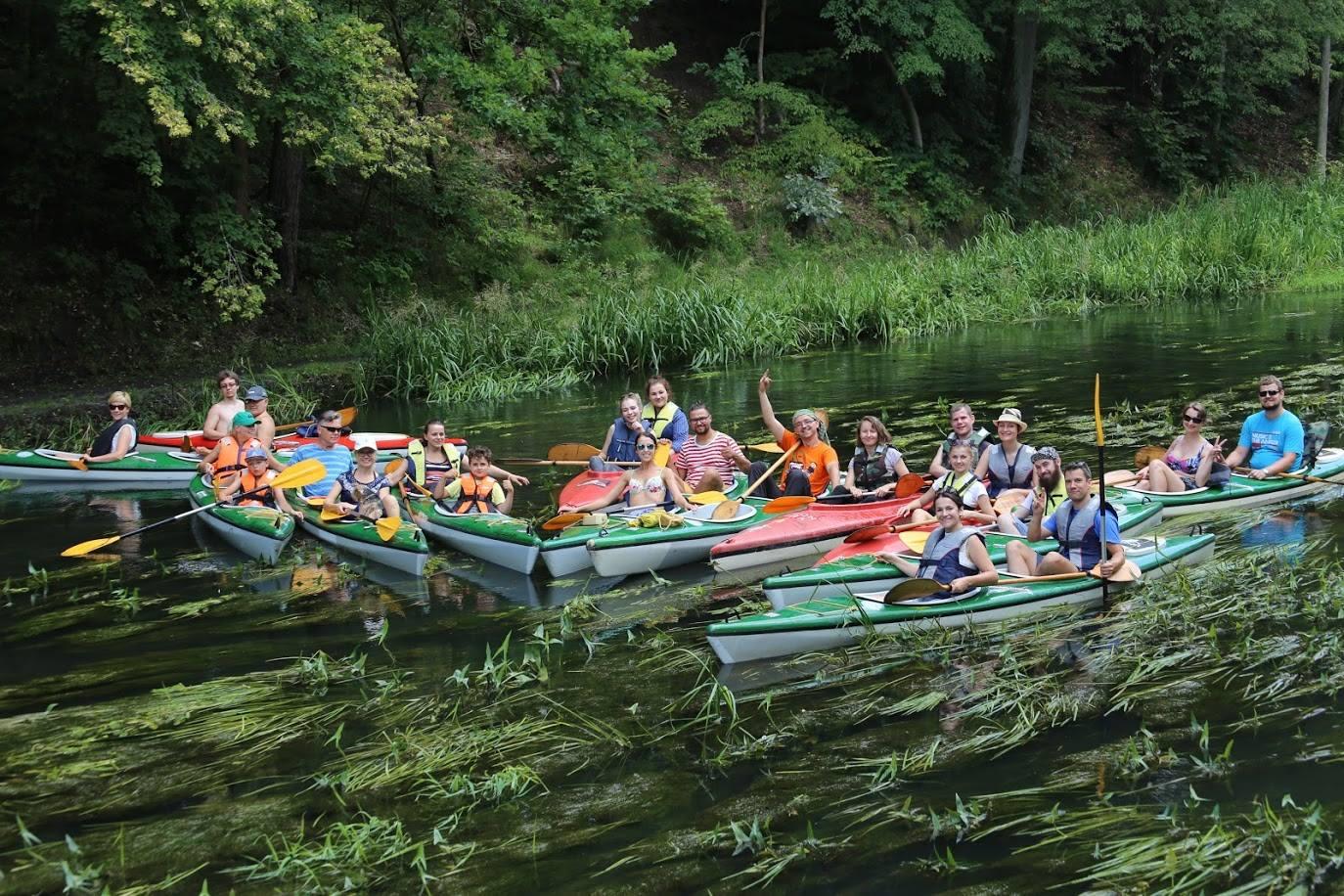 Uczestnicy zorganizowanego przez nas spływu